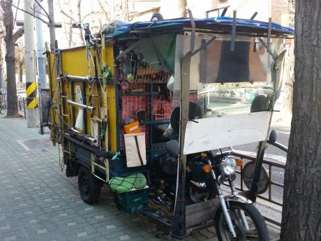 Verlassenes Straßenkehrmobil