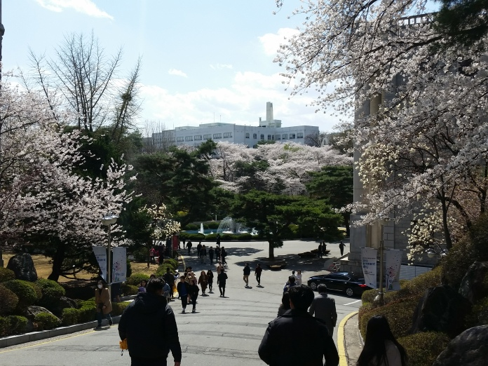 Korea April 755