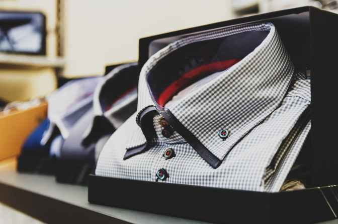 blur box business checkered shirt