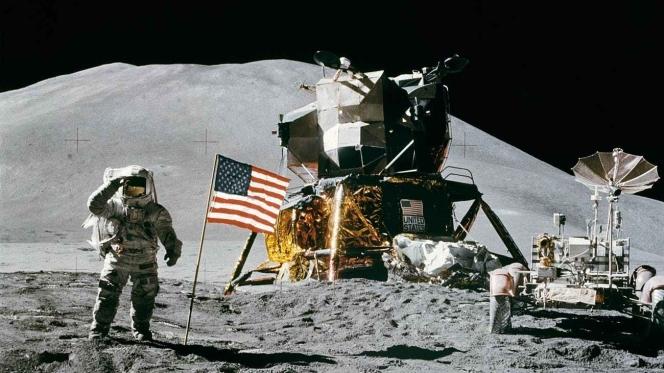 space-station-moon-landing-apollo-15-james-irwin-39896.jpeg