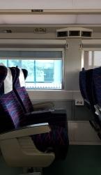 Sitzplatz im ITX, nur eine Steckdose für zwei Sitze